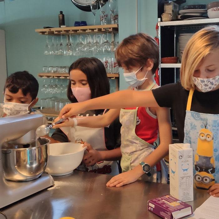campamento-escuela-cocina-conversa3